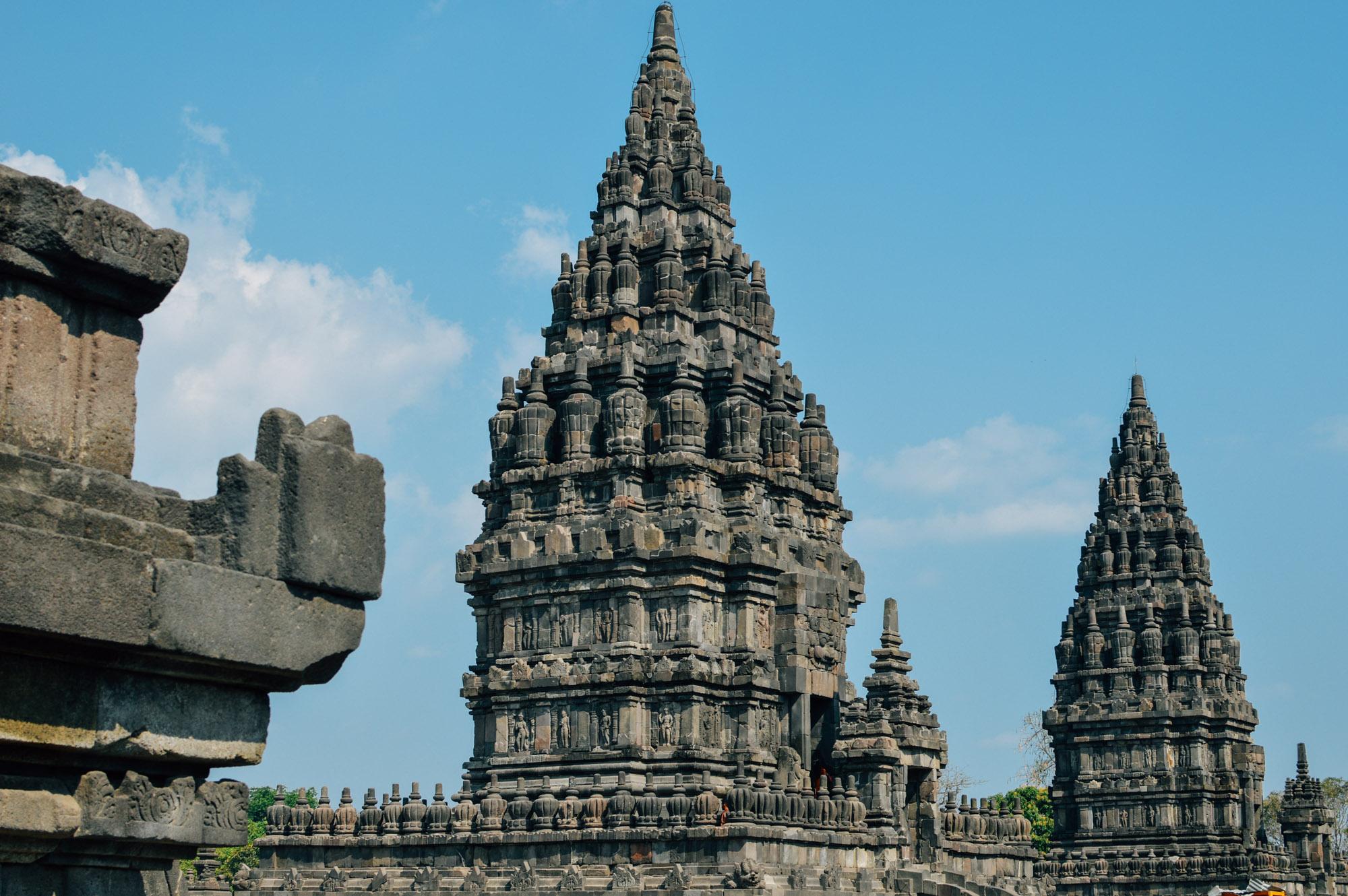 prambanan 3 - Jogyakarta met Tempels