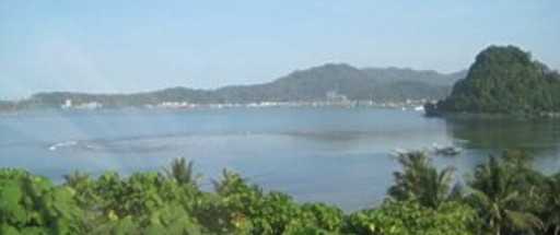 west sumatra harbour 512x2152 - Padang